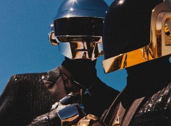 Ícone da música eletrônica, Daft Punk anuncia o fim da dupla - Blog n' Roll